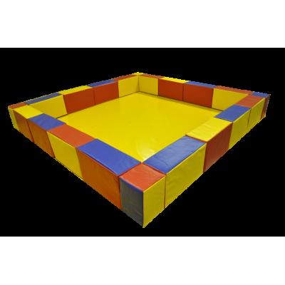Детский манеж, сухой бассейн