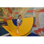 Детский гимнастический мостик (полушайба)